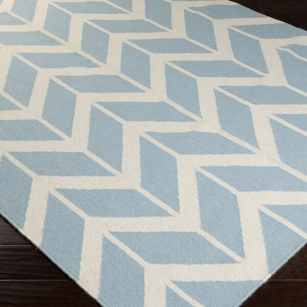 Handwoven Kivalina Blue Wool Rug (5' x 8')