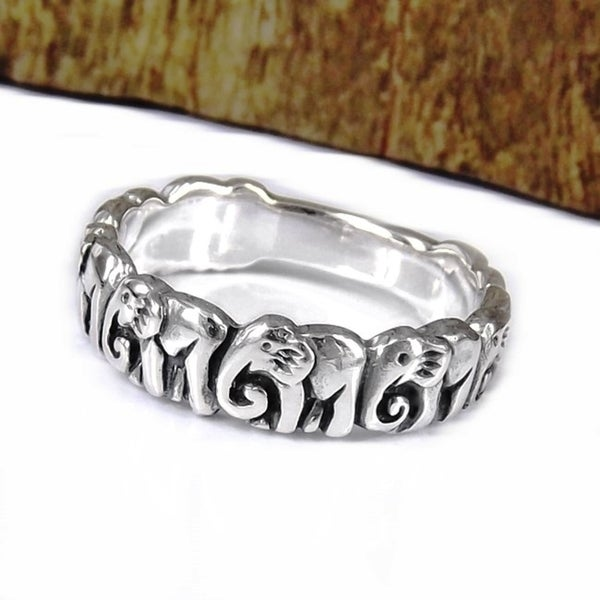 Cute 8 Elephants Line Up Silver Ring (Thailand)