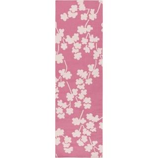 """Floral Eklutna Pink Wool Rug (2'6"""" x 8')"""
