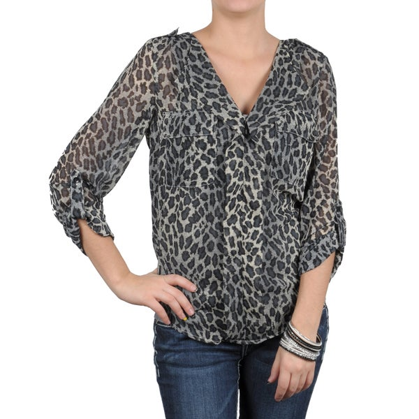 T by Hailey Jeans Co. Women's V-neck Animal Print Top