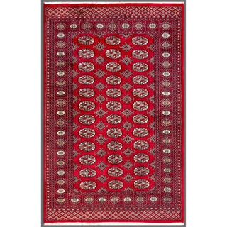Pakistani Hand-knotted Bokhara Red/ Ivory Wool Rug (4'1 x 6'1)