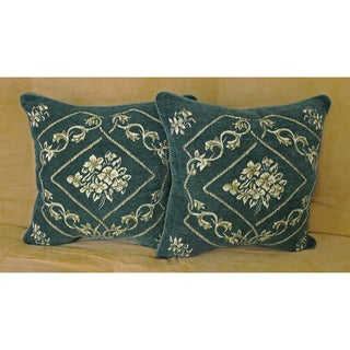 Chenille Corded Green Design Throw Pillows (Set of 2)