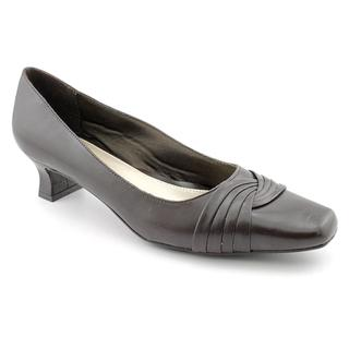 Easy Street Women's 'Tidal' Synthetic Dress Shoes - Narrow (Size 7.5)