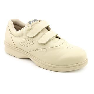 Propet Women's 'Vista Walker' Leather Athletic Shoe - Extra Wide (Size 11)