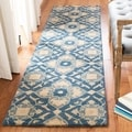 Safavieh Handmade Wyndham Blue New Zealand Wool Rug (2'6 x 4')