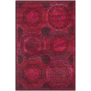 Safavieh Handmade Wyndham Red New Zealand Wool Rug (6' x 9')