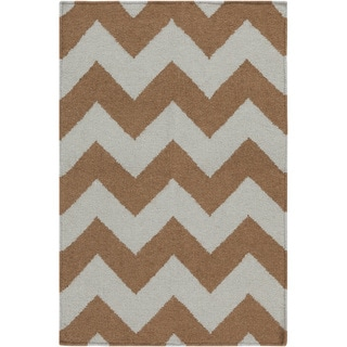 Handwoven Neutral Chevron Mocha Wool Rug (3'6 x 5'6)
