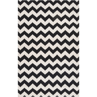 Handwoven Midnight Chevron Jet Black Wool Rug (9' x 13')