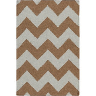 Handwoven Neutral Chevron Mocha Wool Rug (9' x 13')