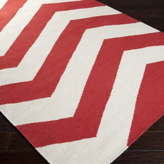 Handwoven Tomato Chevron Orange/ Red Wool Rug (5' x 8')