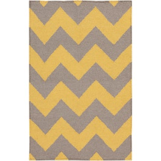 Hand-woven Mustard Chevron Yellow Wool Rug (8' x 11')