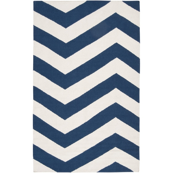 Hand-woven Navy Chevron Dark Blue Wool Rug (3'6 x 5'6) 10519562