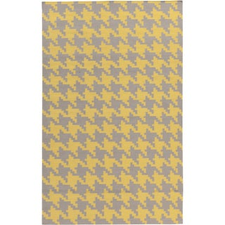 Hand-woven Brooks Yellow Wool Rug (9' x 13')