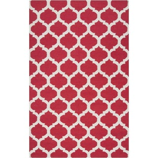Hand-woven Burnaby Red Wool Rug (9' x 13')