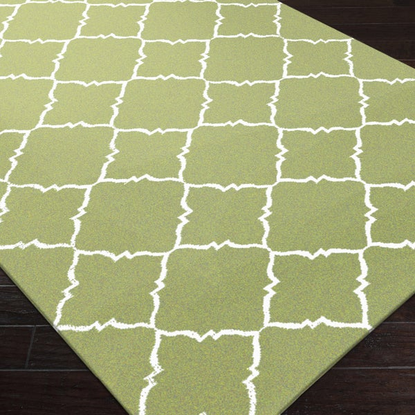 Handwoven Winnipeg Green Wool Rug (5' x 8')