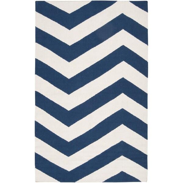 Handwoven NavyChevron Dark Blue Wool Rug (8' x 11')