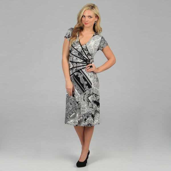 Connected Apparel Women's Black Paisley Print Cap Sleeve Dress