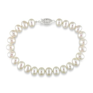 M by Miadora Sterling Silver White Cultured Freshwater Pearl Bracelet (6.5-7 mm)
