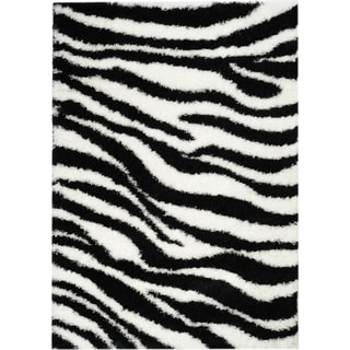 Black/ White Zebra Print Area Rug (6'7 x 9'3)