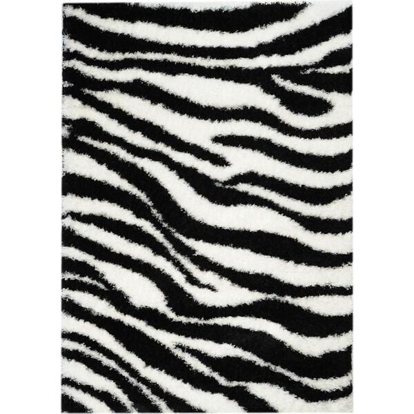 Black/ White Zebra Print Area Rug (6'7 x 9'3)