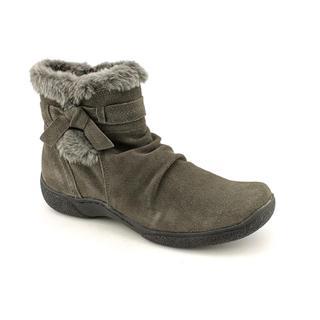 Baretraps Women's 'Leader' Regular Suede Boots