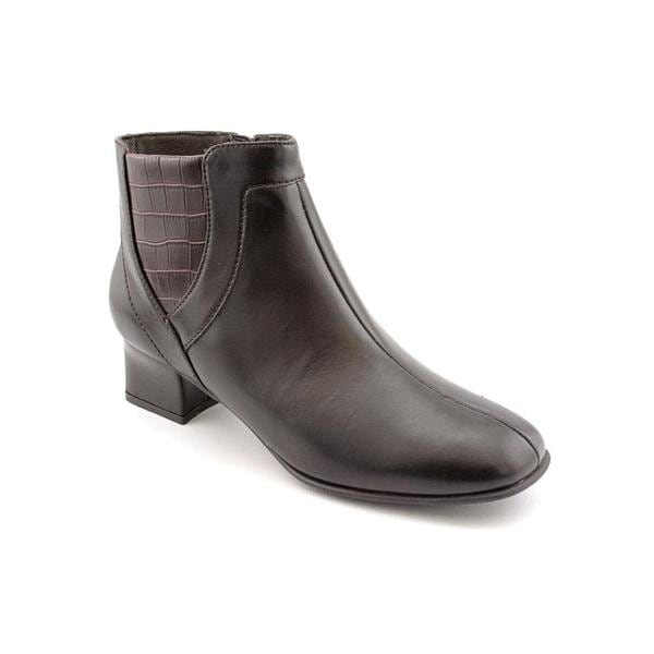 Easy Street Women's 'Laconia' Man-Made Boots