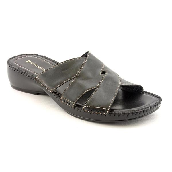 Naturalizer Women's 'Risco' Leather Sandals - Narrow