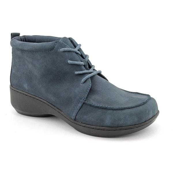 Easy Spirit Women's 'Dondi' Leather Casual Shoes (Size 8)