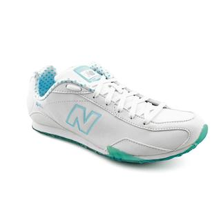 New Balance Women's 'CW442' White/Blue Leather Athletic Shoe - Wide