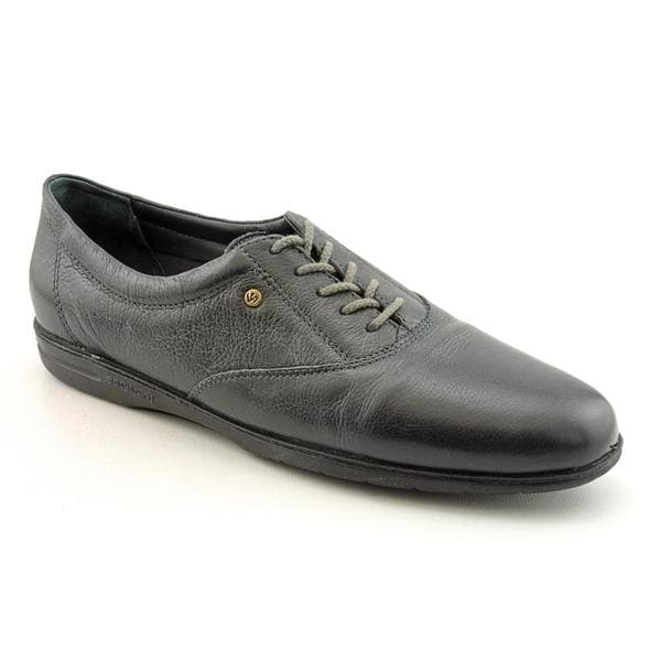 Easy Spirit Women's 'Motion' Leather Casual Shoes - Wide