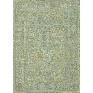 Royalty Beige/ Blue Rug (3'9 x 5'6)