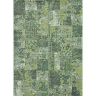 Royalty Aqua/ Patch Rug (9'8 x 12'8)