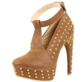 Fahrenheit Women's 'Bar-05' Studded Platform Pumps