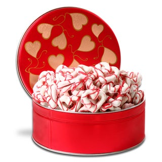 Alder Creek Chocolate-dipped Heart-shaped Pretzels Gift Basket