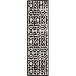 Safavieh Four Seasons Stain Resistant Hand-hooked Black Rug (2' x 6')