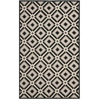 "Safavieh Four Seasons Stain-Resistant Hand-Hooked Diamond-Patterned Black Rug (3' 6"" x 5' 6"")"