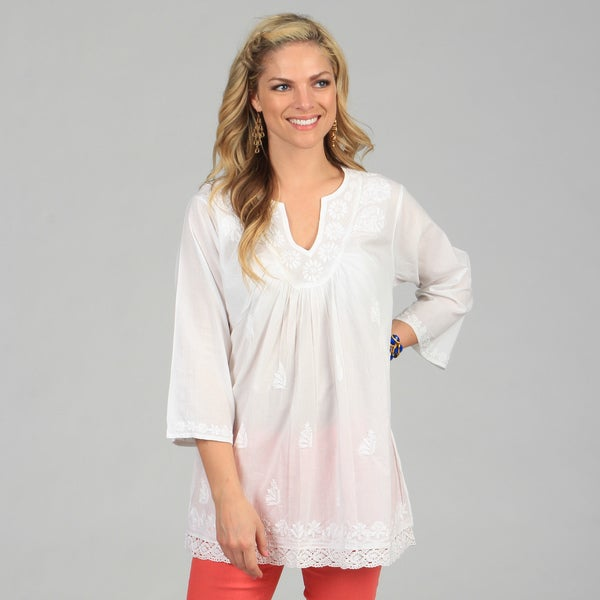 KC Signatures Women's White Floral Embroidered V-Neck Pullover Tunic