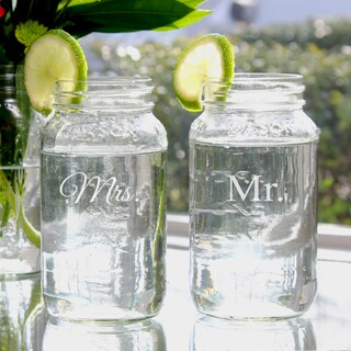 Mr. & Mrs. 26-oz Mason Jars (2)