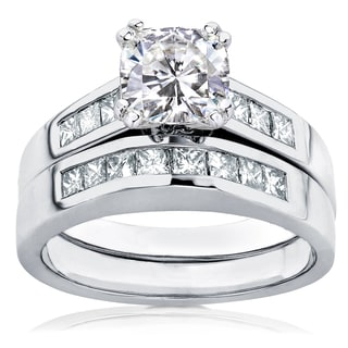 Annello 14k Gold Cushion-cut Moissanite and 3/5ct TDW Diamond Bridal Ring Set (H-I, I1-I2)