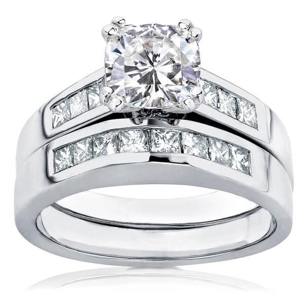 Annello 14k Gold Cushion-cut Moissanite and 3/5ct TDW Diamond Bridal Ring Set (H-I, I1-I2)
