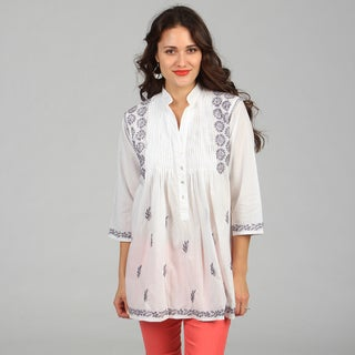 KC Signatures Women&#39;s White with Blue Thread Embroidered Tunic