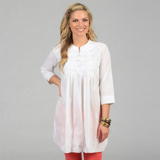 KC Signatures Women's White Full-length Leaf Embroidered Tunic