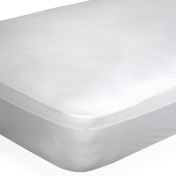 DreamSerene Smooth Sleep Mattress Protector