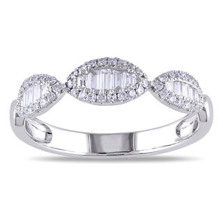 SHIRA 18k White Gold 2/5ct TDW Baguette Diamond Ring (G-H, SI1-SI2)