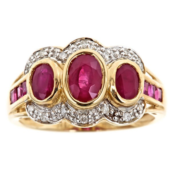 Anika and August 14k Gold Madagascar Ruby and 1/10ct TDW Diamond Ring (G-H, I1-I2)