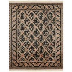 Asian Hand-knotted Royal Kerman Black Wool Rug (5' x 7')