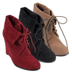 Hailey Jeans Co Women's 'Jetti-21' Lace-up Wedge Boots