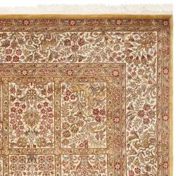 Asian Hand-Knotted Royal Kerman Ivory Wool Area Rug (4' x 6')
