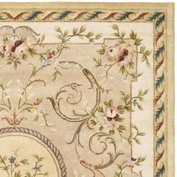 Safavieh Handmade Aubusson Beige Hand-spun Wool Rug (8' x 10')