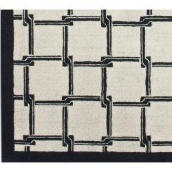 nuLOOM Handmade Ivory Trellis New Zealand Wool Rug (7'6 x 9'6)